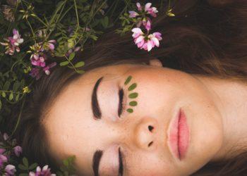 Aloe vera à boire bienfaits sur la peau du visage - pranaloé