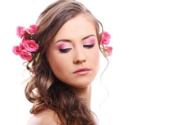 Faire repousser ses cheveux - Pranaloe shop en ligne de produits cosmétiques naturels et bio Fleur photo créé par Racool_studio - fr.freepik.com