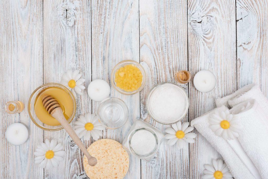 miel pour hydrater ses cheveux secs - pranaloe