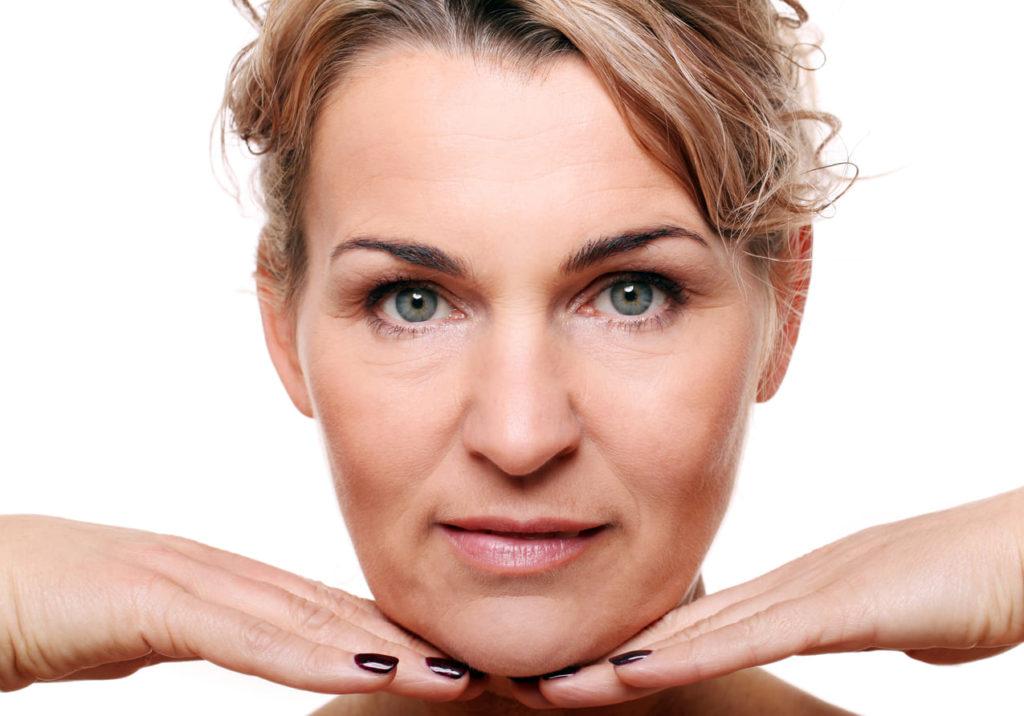 crème antirides naturelle femme mure - pranaloé - cosmétiques naturels d'excellence biologiques